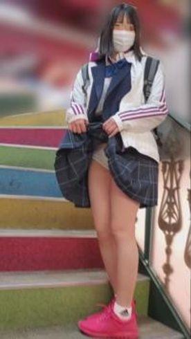 【個撮】県立商業科②色白少女。合宿前にお小遣い上乗せで生挿入を試みる