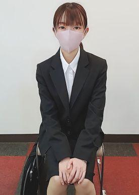 500限定【無修正】就活で上京中の敏感JD・貸会議室で面接対策フェラ口内射精・ホテル中出し
