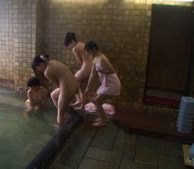 【素人流出】埼●県 県立●● 修学旅行先の旅館で乱行。※限定 削除