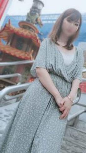雀荘のお姉さんと中華街でデートからホテルで連続中出し+口内射精(55分)